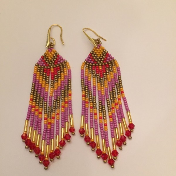 Small Beaded Dreamcatcher Chevron Earrings oranje/rood/rose
